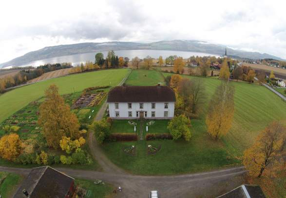 Sveinhaug gård i Ringsaker på Østlandet