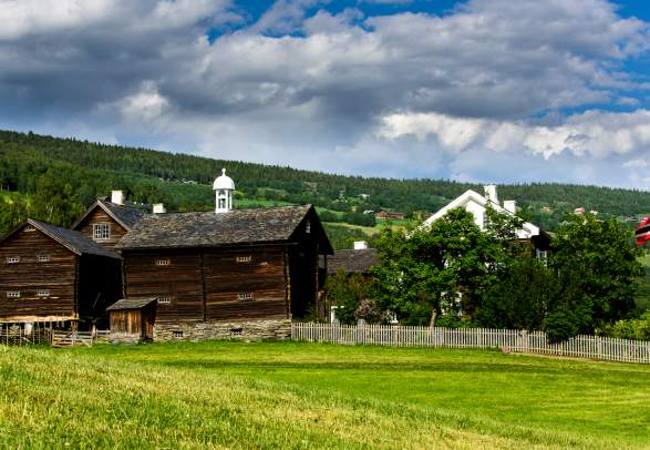 Sygard Grytting historic hotel in the Gudbrandsdalen valley