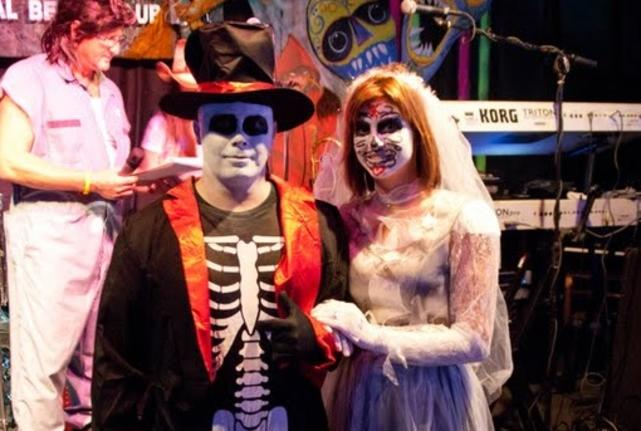 Schooners Halloween
