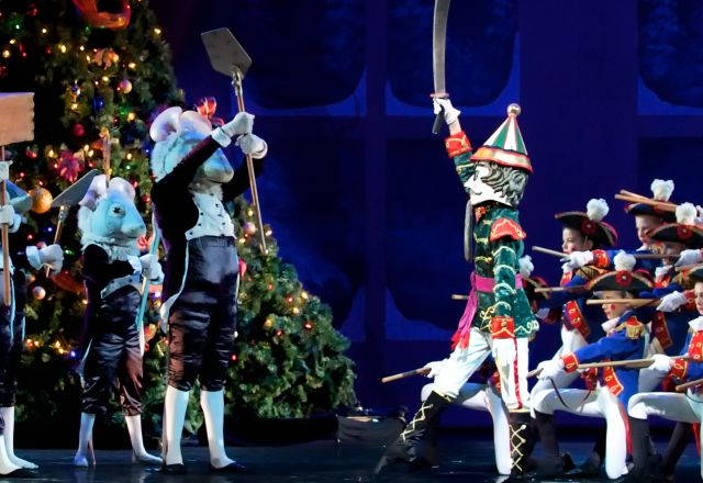 holiday events in raleigh nc wral raleigh christmas parade first night raleigh light displays and more - Southern Womens Christmas Show