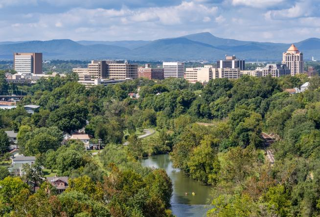 Trip Advisor Names Roanoke One Of America S Best Small Cities To Visit In 2018