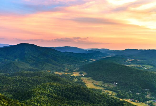 Car Rental Roanoke Va: Bucket List For Virginia's Blue Ridge