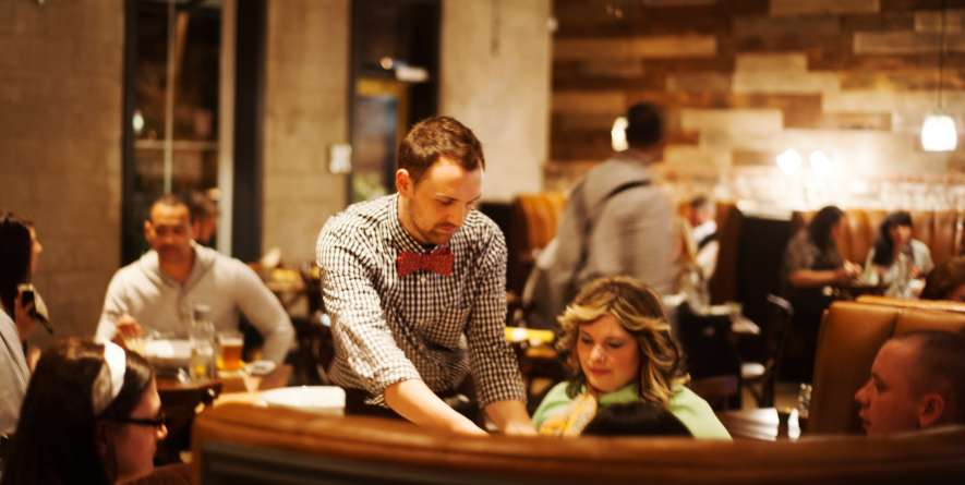 Social Southern Table and Bar Server