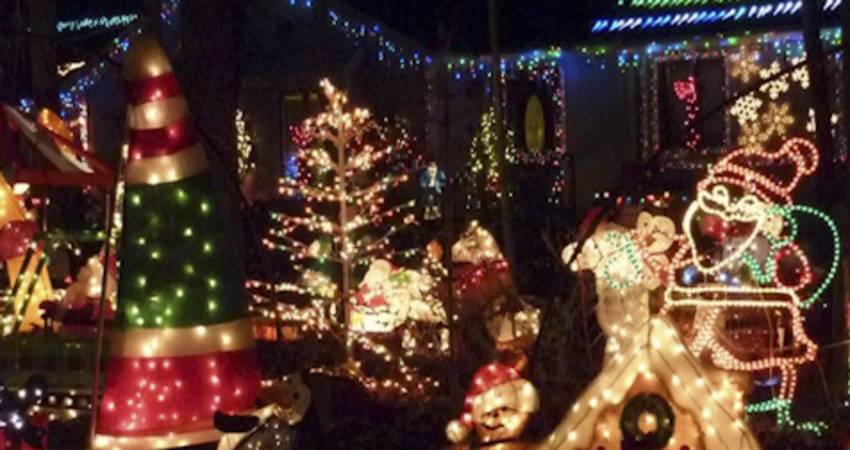 five of the best holiday light displays in greater raleigh - Why Christmas Is The Best Holiday