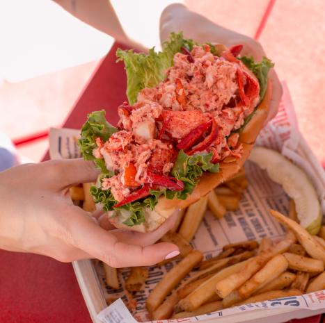 Classic Lobster Roll