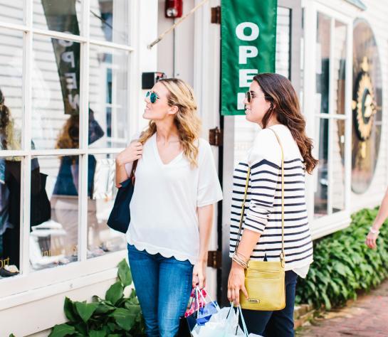 Shopping Downtown Newport