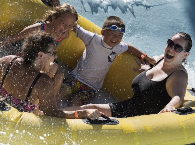 Family on Waterslide at Zoom Flume Waterpark; Photograph: NYS ESD