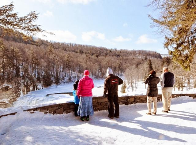 Winter Sightseeing at Letchworth State Park