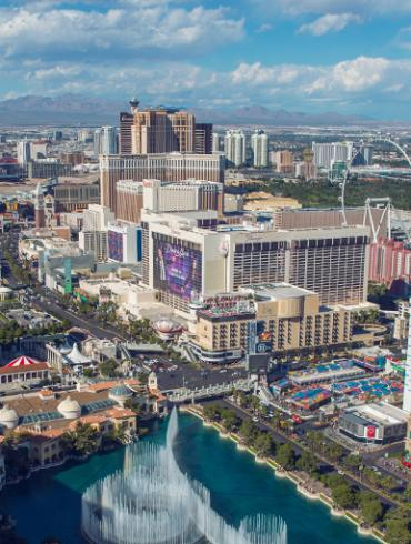 Five Refreshing Ways to Stay Cool in Vegas header