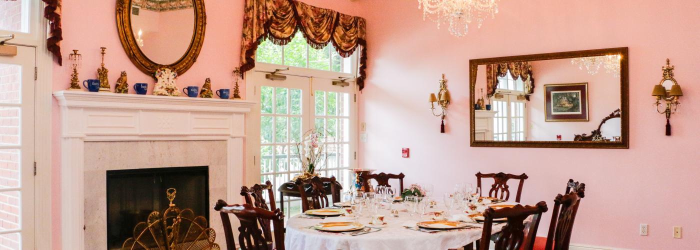 Hubbard Mansion Dining Room