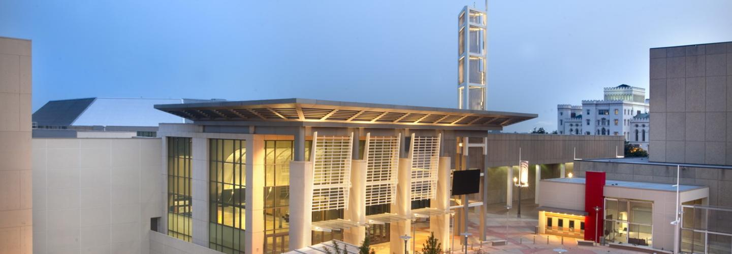 Photo of the beautiful Baton Rouge River Center building at night