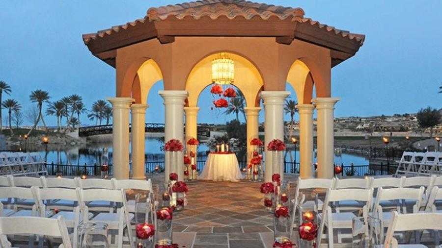 Lakeside At Westin Las Vegas Wedding Courtyard