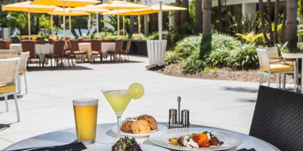 Aura Patio Dinner Drinks Near John Wayne Airport