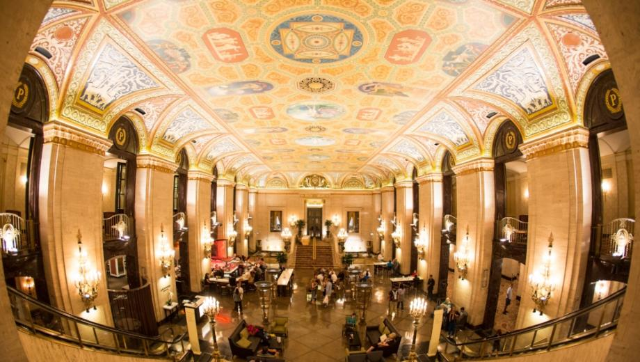Chicago Hotels | Chicago\'s Most Historic Hotels