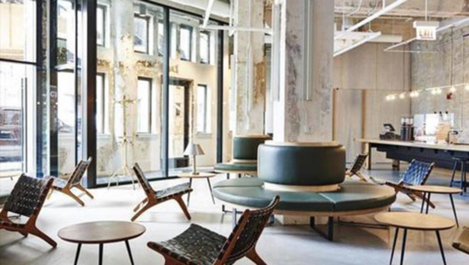Check Out The Hollander A Slick Hipster Roved Hostel In Chicago S Wicker Park