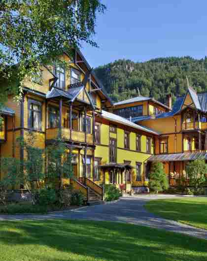 Green hotels: The historic Dalen Hotel in Telemark, Norway