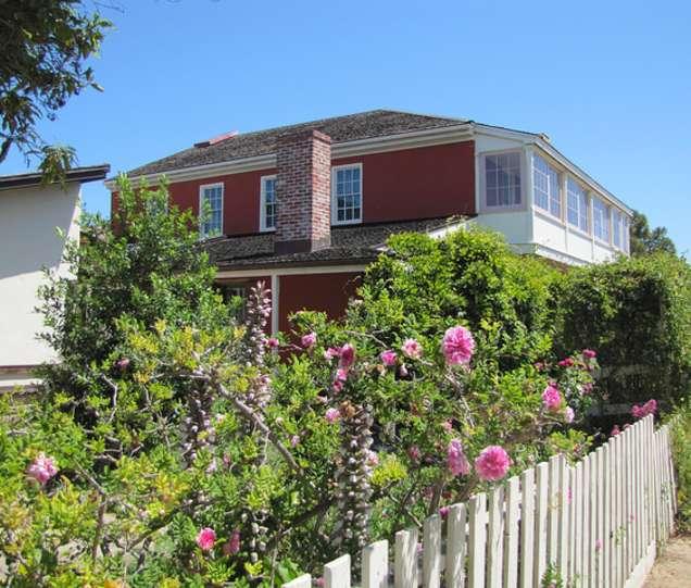 10 Secret Gardens in Monterey County