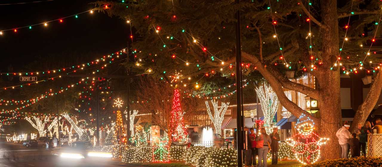 Holiday lights in downtown Forest City}