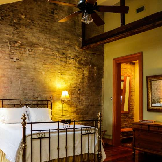 Monrose Row Bed and Breakfast