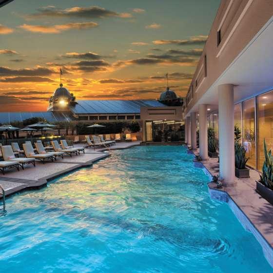 Windsor Court Pool Luxury Hotels