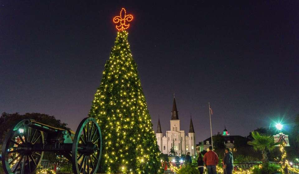 Christmas Tree in Washington Artillery Park