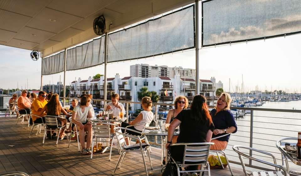 Brisbi's Lakefront Restaurant and Bar
