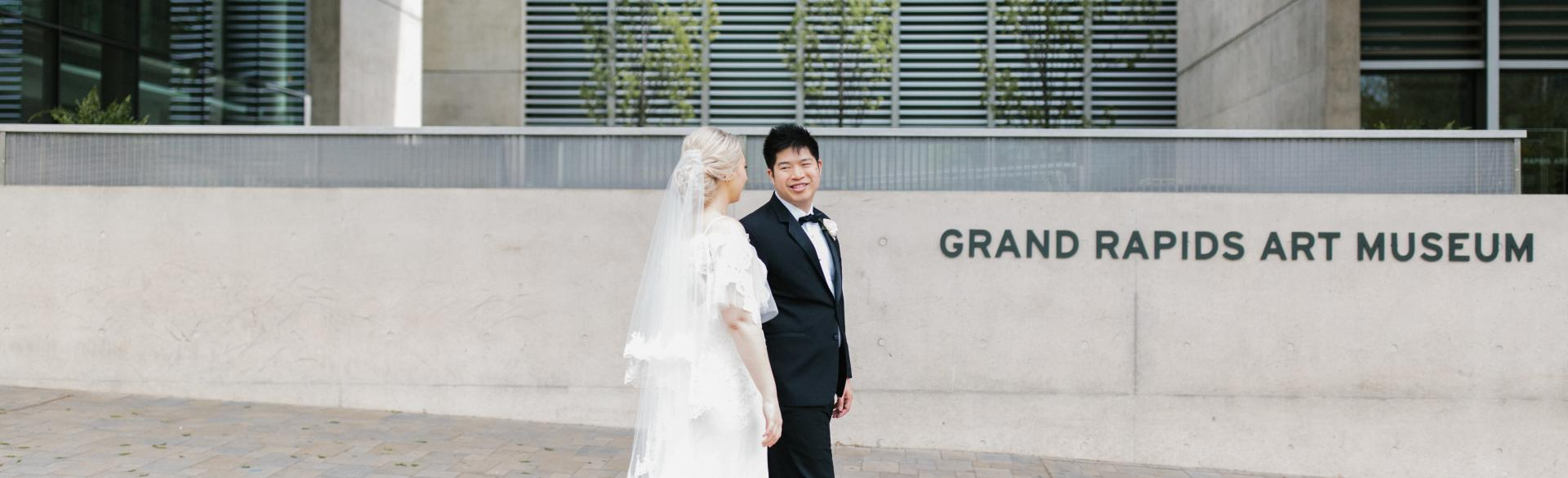 Wedding at the Grand Rapids Art Museum