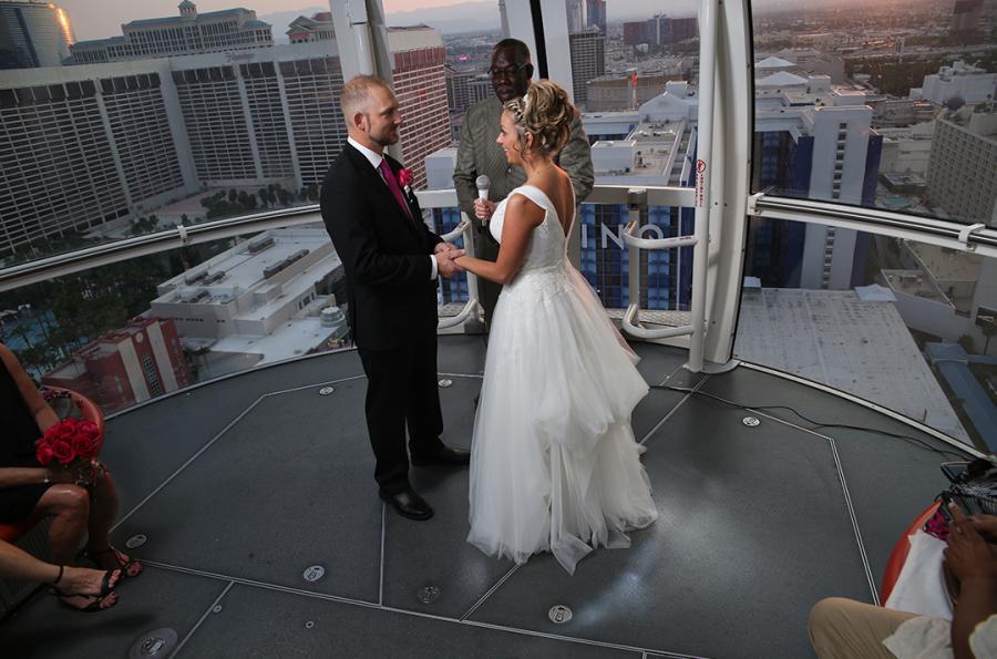 10 Unique Wedding Locations In Las Vegas Vegas Wedding Venues