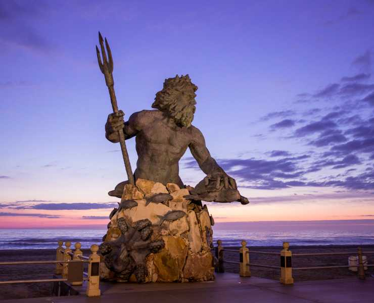 King Neptune Sunrise Oceanfront