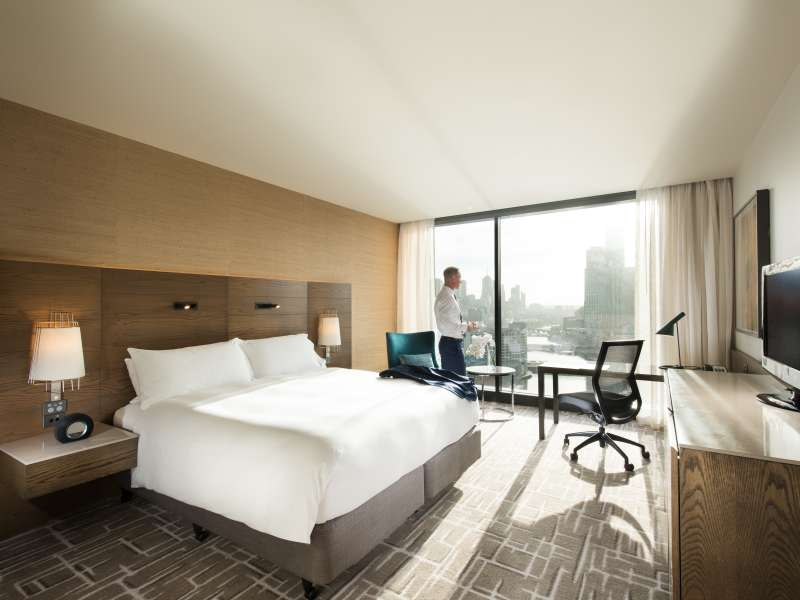 Pan Pacific Melbourne Hotel Room