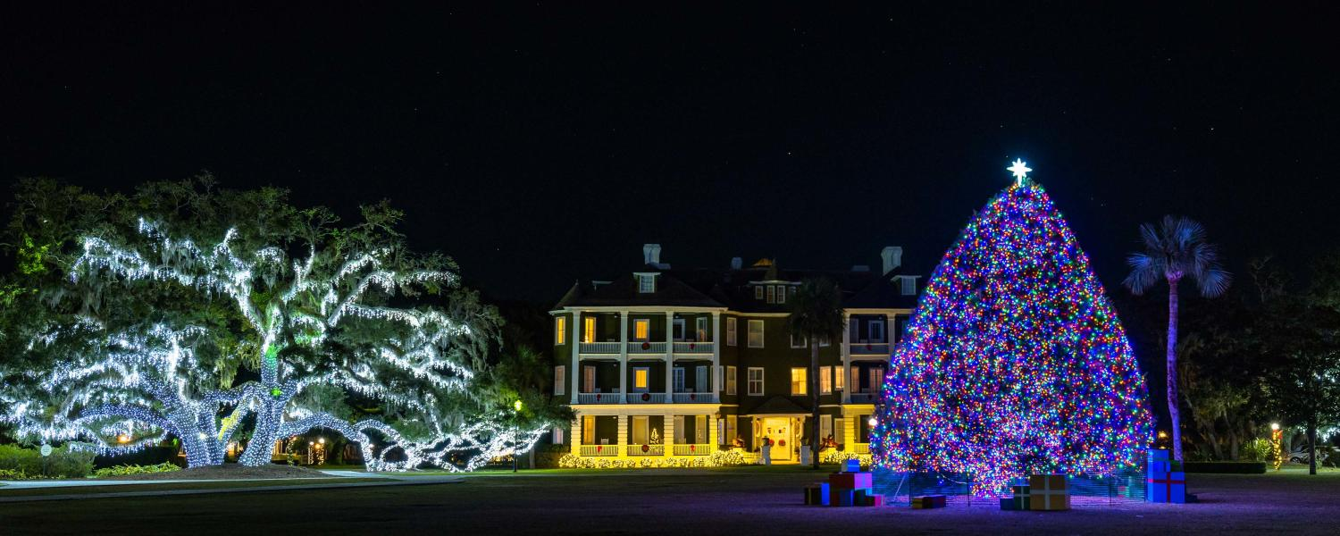 Jekyll Island's Historic District comes alive each holiday season with beautiful Christmas lights