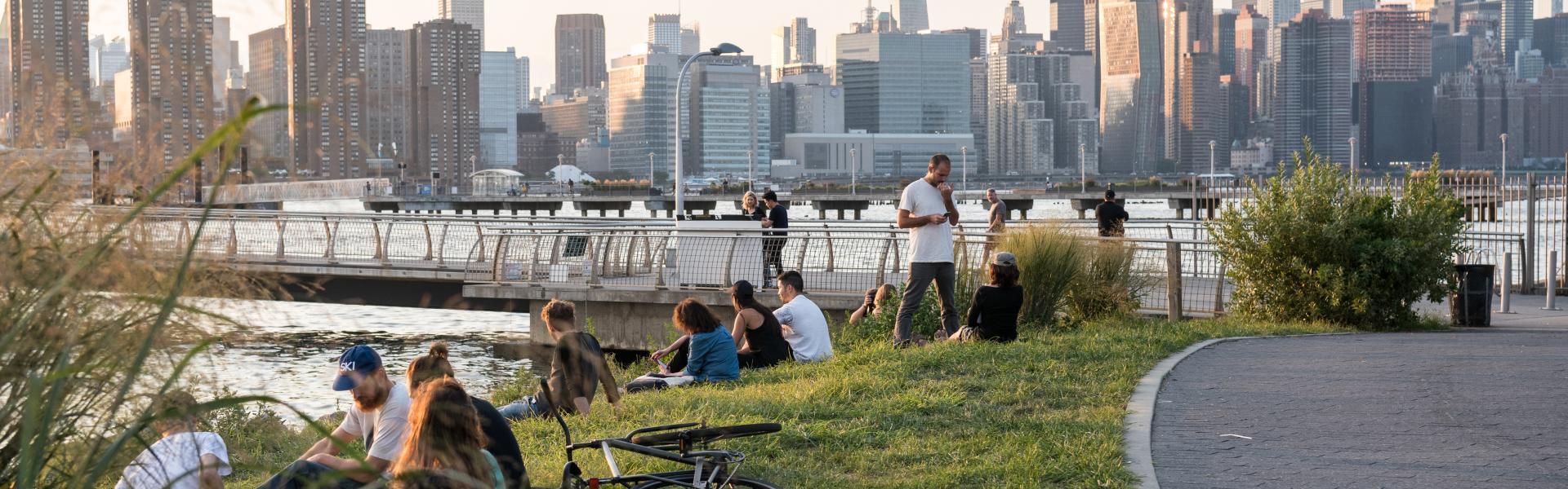 Transmitter park, green point, brooklyn, skyline, park, summer