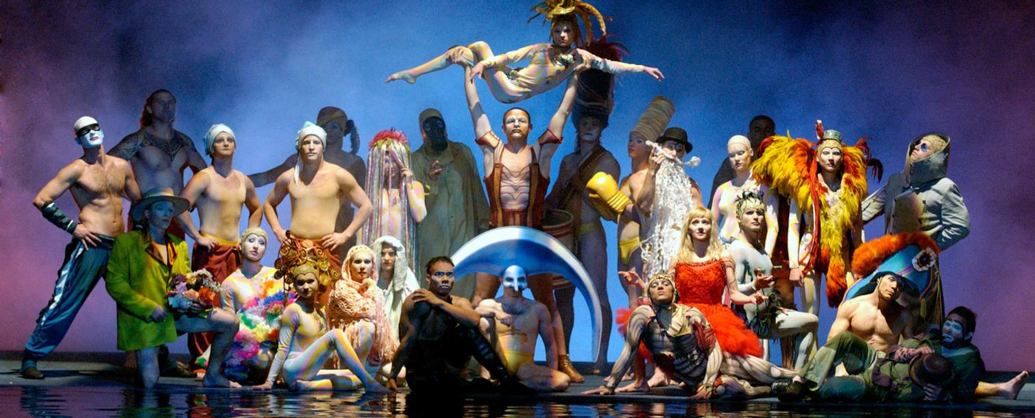 "Finale of ""O"" by Cirque du Soleil performers"
