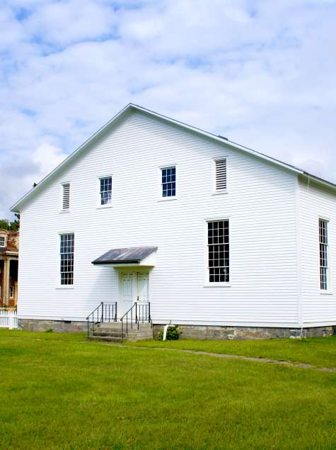 Discover Albany's Shaker Heritage: A Tranquil & Historic Getaway