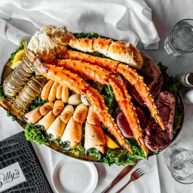 Billy's Stone Crabs Sampler Platter
