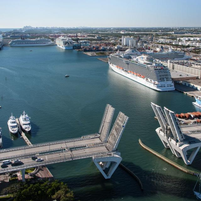 Fort Lauderdale Cruise Port >> Port Everglades Fort Lauderdale Cruise Ship Ports