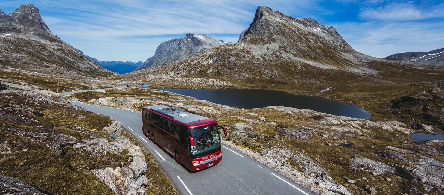En expressbuss i nordvästra Norge