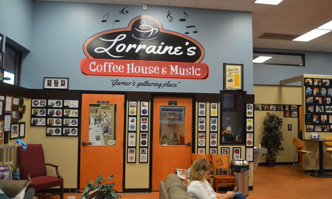 Lorraine Jordan by Tyler Cox in blog 07-206.jpg