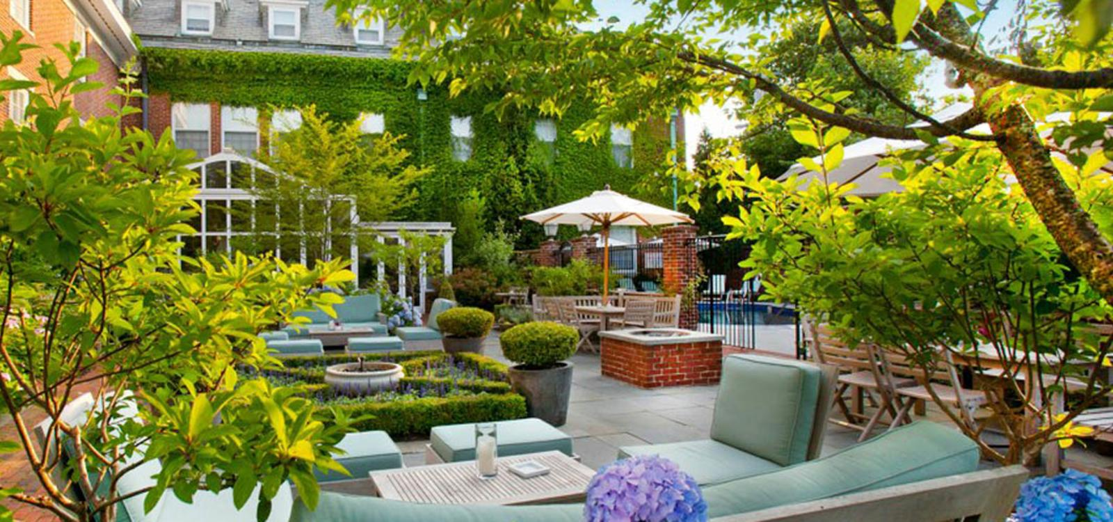 Outdoor Indulgences. These Al Fresco Patios, Cozy Rooftop Bars And  Sprawling Seaside Lawns Are The Perfect Place To Get Your Foodie On, With A  Side Serving ...
