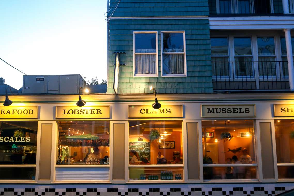 The Best Restaurants For Late Night Eats In Around Newport