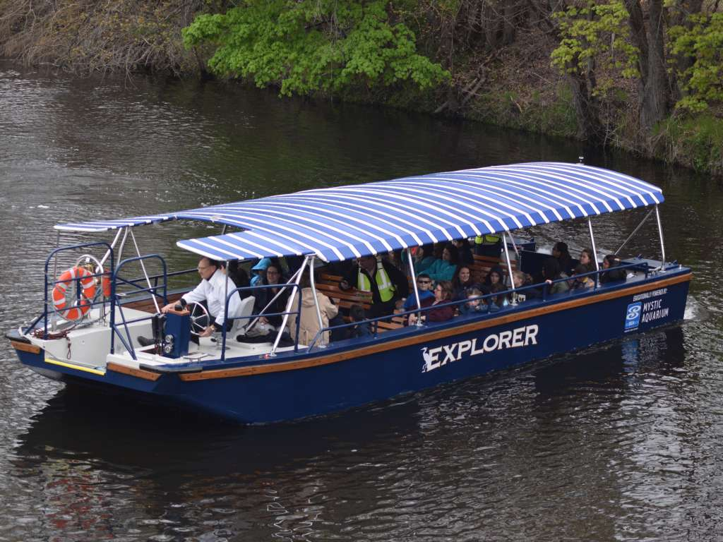 Blackstone_Riverboat.JPG