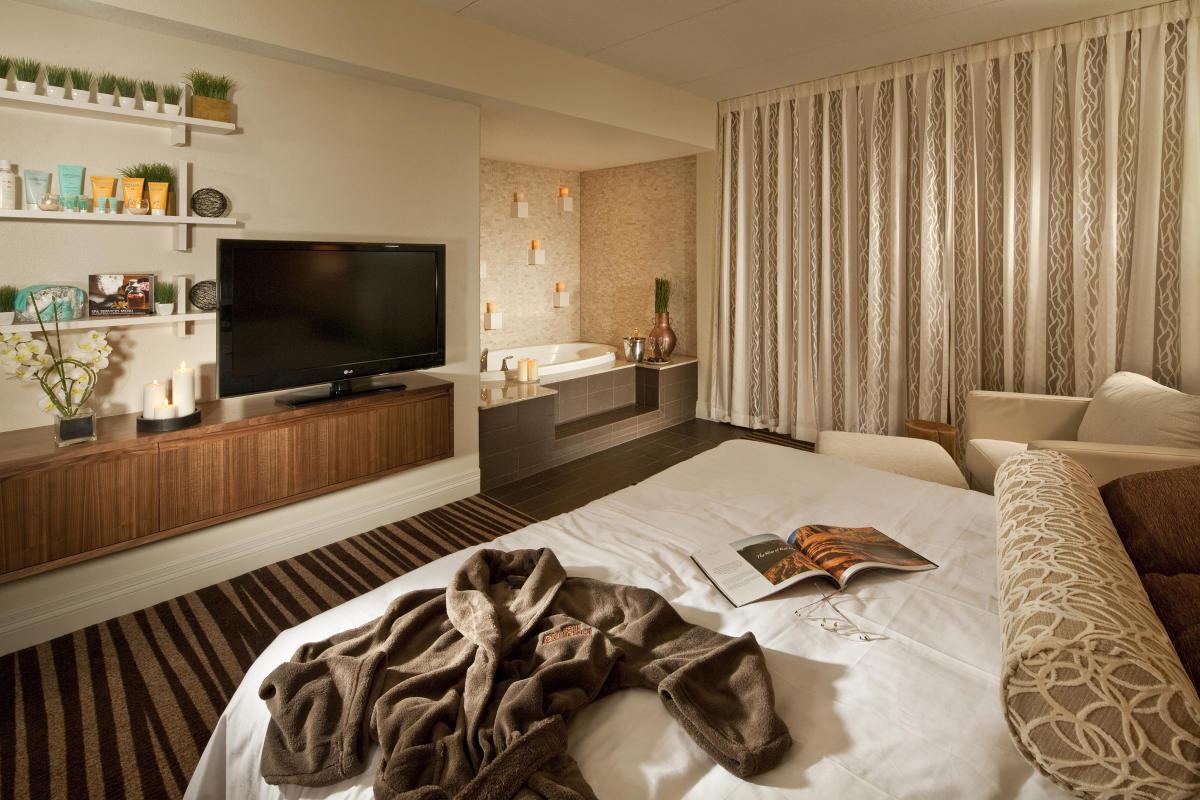 Mesquite Eureka Room