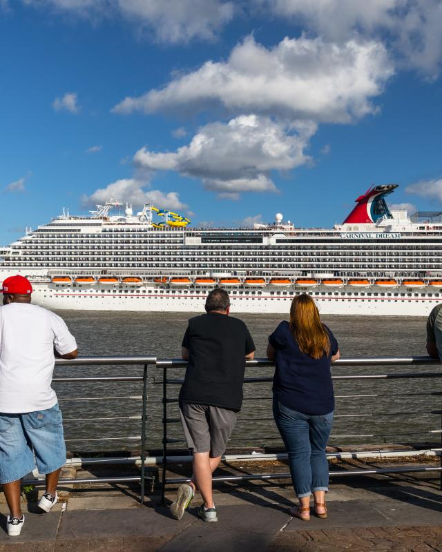 Take A Cruise Out Of New Orleans