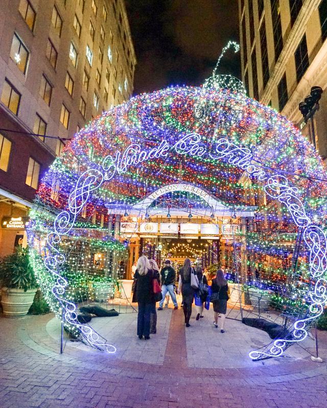 Christmas Lights In New Orleans 2020 Fulton Street New Orleans Christmas 2020 | Chzhzq