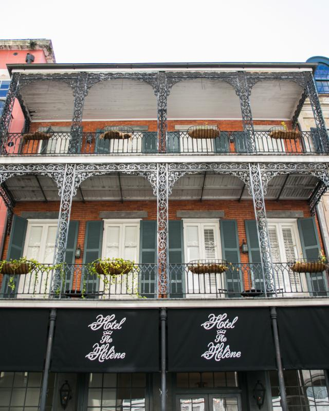 Clic New Orleans Tails Hotel St Helene