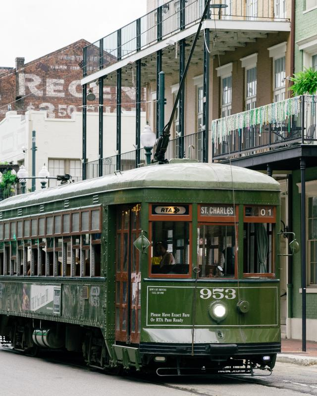 Clic New Orleans Tails Streetcar Downtown Central Business District