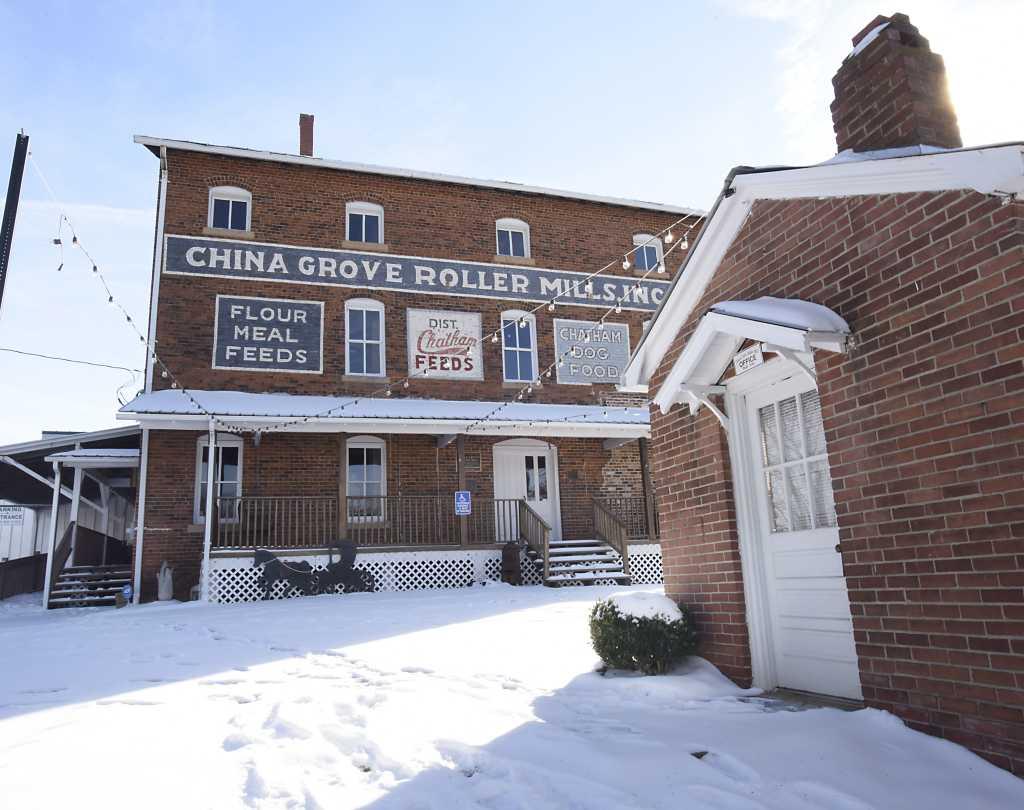 Roller Mill Snow