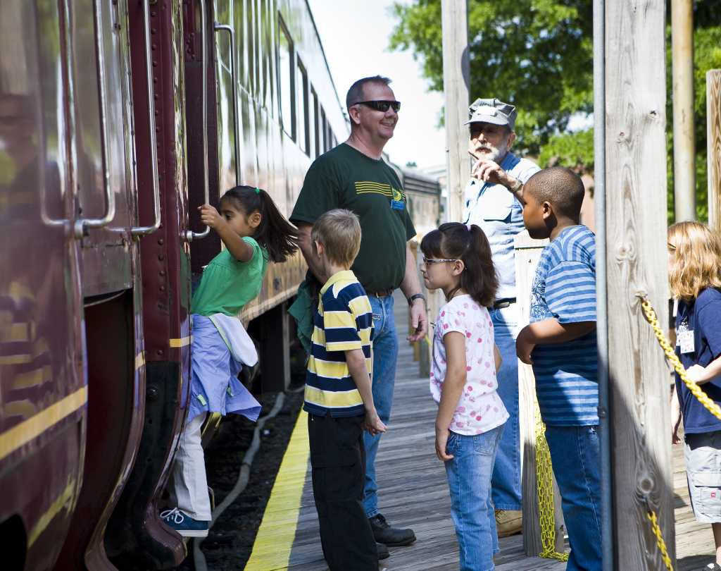 kids enjoying a field trip to the Transportation Museum