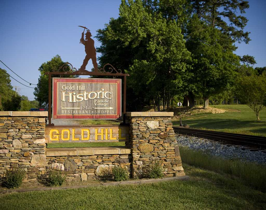 Historic Gold Hill Sign