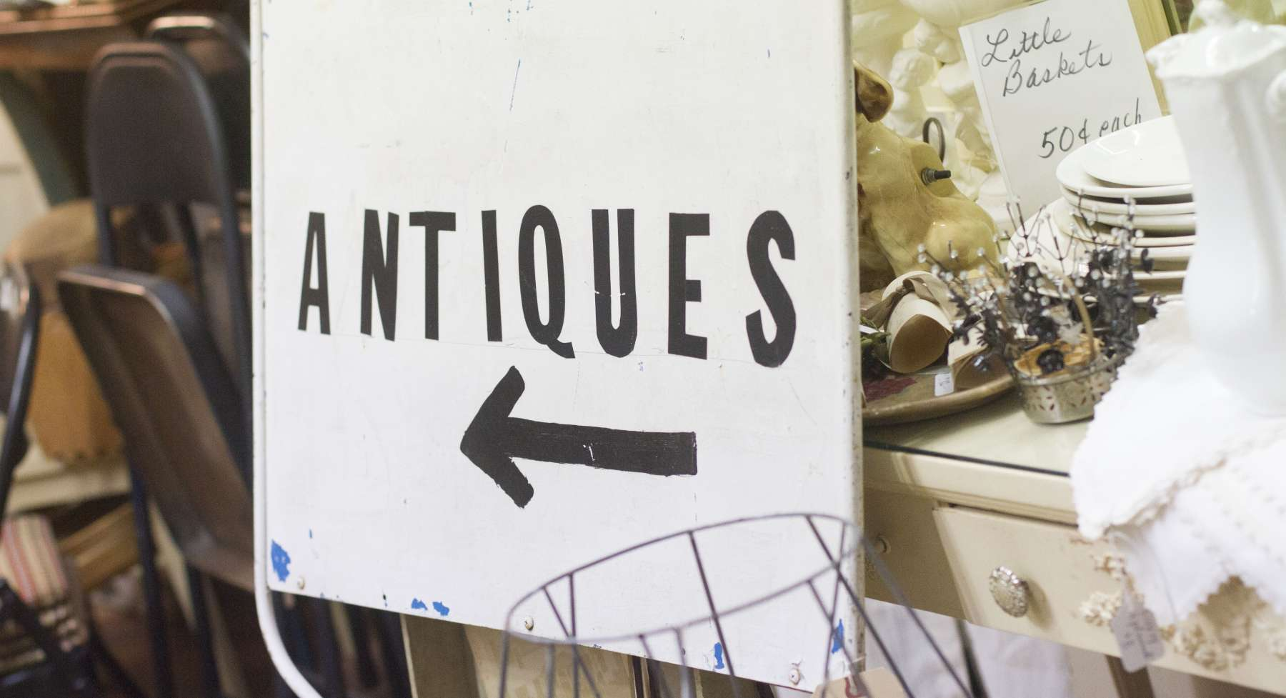 Downtown Shopping - Antiques
